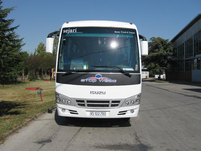 stup-vrsac-autoprevoznik-iznajmljivanje-autobusa-isuzu-turquoise