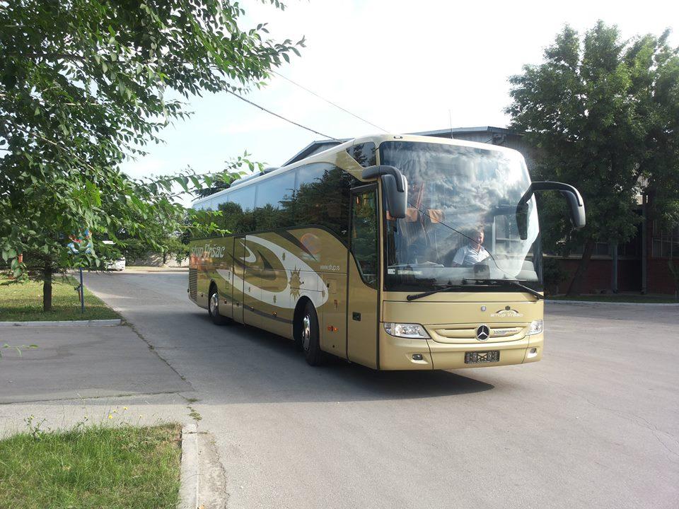 stup-vrsac-autoprevoznik-iznajmljivanje-autobusa-mercedes-benz-tourismo-15hd