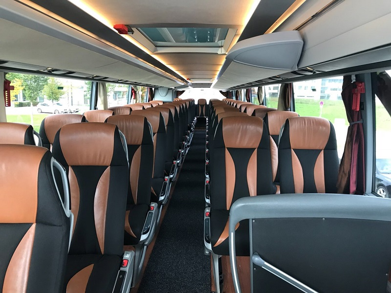 stup-vrsac-autoprevoznik-iznajmljivanje-autobusa-setra-431-dt-unutrasnjost
