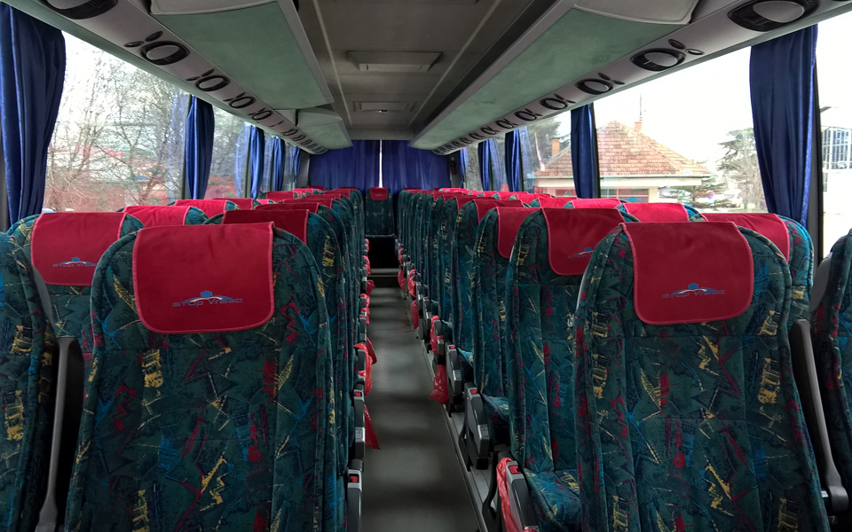 stup-vrsac-iznajmljivanje-autobusa-setra-415-hd-unutrasnjost