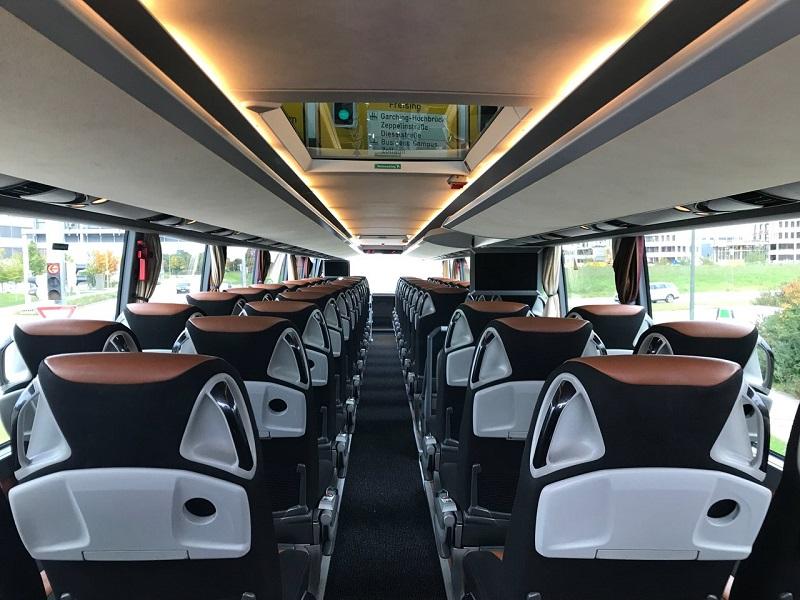 stup-vrsac-iznajmljivanje-autobusa-setra-431-dt-unutrasnjost